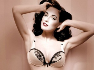 Dita Von Teese - Eyes that captivate